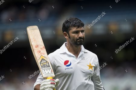 Sohail Khan raises his bat he leaves the field during day 3 of the 2nd test between Australia Vs Pakistan
