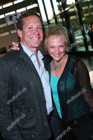 Steve Guttenberg and Ronnee Sass