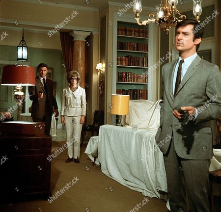 'The Baron' - 'The Seven Eyes of the Night' - Steve Forrest, Patricia English and Jeremy Brett