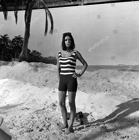 'Danger Man' - Episode 34 - 'The Man on the Beach' - Barbara Steele
