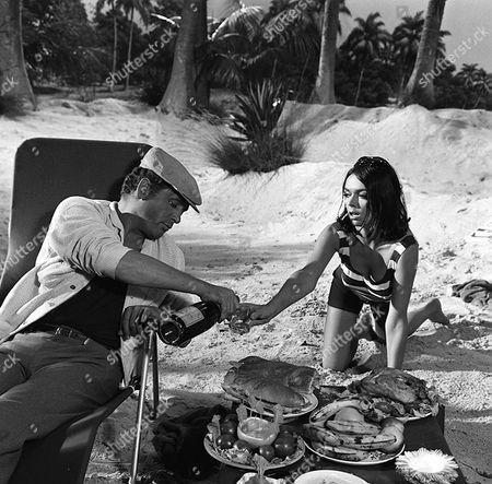 'Danger Man' - Episode 34 - 'The Man on the Beach' - Patrick McGoohan Barbara Steele