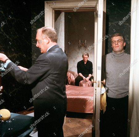 'Danger Man' - Episode 35 - 'The Man Who Wouldn't Talk' -  Frank Gatliff, Patrick McGoohan and Norman Rodway