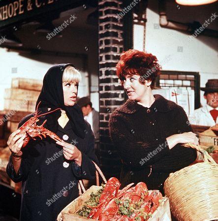 'The Sandwich Man'   Films Diana Dors and Anna Quayle