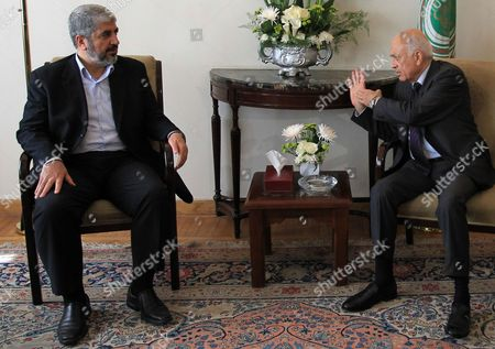 Arab League Secretary General Nabil Alaraby (r) Gestures As He Meets with Palestinian Hamas Political Bureau Chief Khaled Meshaal (l) at the League's Headquarters in Cairo Egypt 29 April 2012 Meshaal Arrived in Cairo Some Days Earlier and According to Media Reports Discussed with Egyptian Officials on 28 April the Issue of Hunger Striking Palestinian Prisoners Held in Israeli Jails As Well As the Palestinian Reconciliation Egypt Cairo