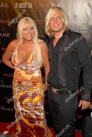 Linda Hogan and guest