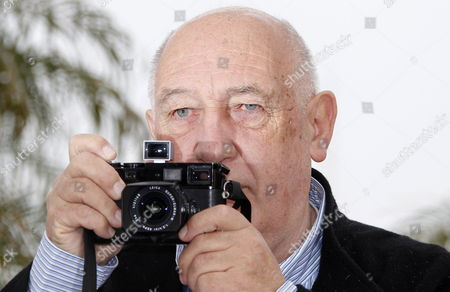 French Director and Photographer Raymond Depardon Poses During the Photocall For 'Journal De France' at the 65th Cannes Film Festival in Cannes France 22 May 2012 the Movie is Presented in the 'Special Screenings' Section of the Festival Which Runs From 16 to 27 May France Cannes