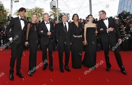 (l-r) President and Ceo of Gucci Patrizio Di Marco Creative Director of Gucci Frida Giannini Us Actor James Woods Us Actor Robert De Niro His Wife Grace Hightower Us Actress Jennifer Connelly and British Actor Paul Bettany Arrive For the Screening of 'Madagascar 3: Europe's Most Wanted' During the 65th Cannes Film Festival in Cannes France 18 May 2012 the Movie is Presented out of Competition at the Festival Which Runs From 16 to 27 May France Cannes