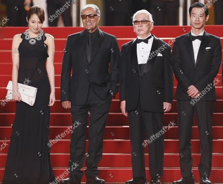 Japanese Actress Rin Takanashi (l) Iranian Director Abbas Kiarostami (2-l) Japanese Actor Tadashi Okuno (2-r) and Japanese Actor Ryo Kase (r) Arrive For the Screening of 'Like Someone in Love' During the 65th Cannes Film Festival in Cannes France 21 May 2012 the Movie is Presented in the Official Competition of the Festival Which Runs From 16 to 27 May France Cannes