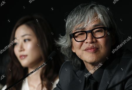 South Korean Director Im Sang-soo (r) and South Korean Actress Kim Hyo-jin (l) Attend the Press Conference For 'Do-nui Mat' (the Taste of Money) During the 65th Cannes Film Festival in Cannes France 26 May 2012 the Movie is Presented in the Official Competition of the Festival Which Runs From 16 to 27 May France Cannes