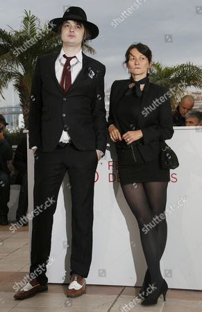 British Musician Pete Doherty (l) and French Director Sylvie Verheyde (r) Pose During the Photocall For 'Confession of a Child of the Century' at the 65th Cannes Film Festival in Cannes France 20 May 2012 the Movie is Presented in the 'Un Certain Regard' Section of the Festival Which Runs From 16 to 27 May France Cannes