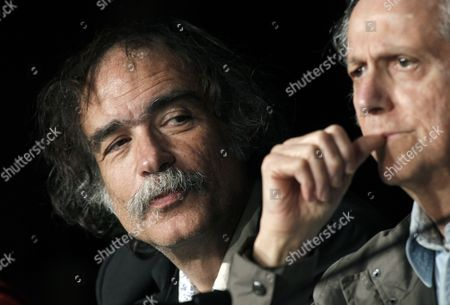 Portuguese Producer Paulo Branco (l) and Us Writer Don Delillo (r) Attend the Press Conference For 'Cosmopolis' During the 65th Cannes Film Festival in Cannes France 25 May 2012 the Movie is Presented in the Official Competition of the Festival Which Runs From 16 to 27 May France Cannes