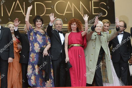 French Director Alain Resnais (3-r) and French Actors (l-r) Caroline Sihol Anny Duperey Pierre Arditi Sabine Azema Anne Consigny and Denis Podalydes Arrive For the Screening of 'Vous N'avez Encore Rien Vu' (you Ain't Seen Nothin' Yet) During the 65th Cannes Film Festival in Cannes France 21 May 2012 the Movie is Presented in the Official Competition of the Festival Which Runs From 16 to 27 May France Cannes