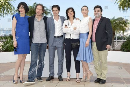 (l-r) French Actress Clotilde Hesme French Actor Reda Kateb French Actor Raphael Personnaz French Director Catherine Corsini Kosovan Actress Arta Dobroshi and French Actor Alban Aumard Pose During the Photocall For 'Trois Mondes' (three Worlds) at the 65th Cannes Film Festival in Cannes France 25 May 2012 the Movie is Presented in the 'Un Certain Regard' Section of the Festival Which Runs From 16 to 27 May France Cannes