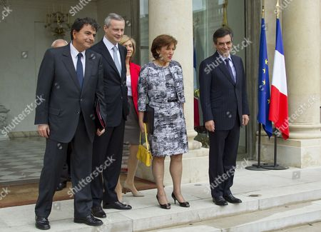 French Prime Minister Francois Fillon (r) French Minister For Social Cohesion Roselyne Bachelot (2-r) France's Junior Minister For Foreign Trade Pierre Lellouche (l) and French Agriculture Minister Bruno Le Maire (2-l) Leave the Elysee Palace After Their Final Government Cabinet Meeting in Paris 09 May 2012 Fillon Announced That He Will Present His Government's Resignation to Outgoing President Nicolas Sarkozy Ahead of the Official Presidency Hand-over to President-elect Francois Hollande to Be Held 15 May France Paris