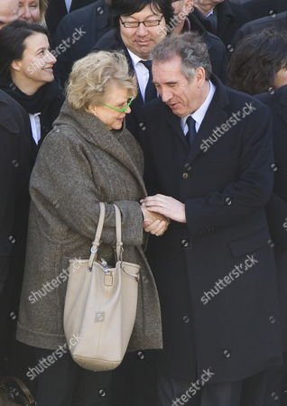 Europe Ecologie-les Verts (eelv) Party Candidate For the 2012 French Presidential Election Eva Joly (c-l) Shakes Hands with Democratic Movement (modem) Party Candidate For the 2012 French Presidential Election Francois Bayrou (r) As They Attend the Funeral Ceremony Honoring World War Ii French Resistance Leader Raymond Aubrac at the Invalides Monument Paris France 16 April 2012 Aubrac a Major Leader in the French Resistance is Famed For a Daring Escape After Being Captured by the Nazis During World War Ii Alongside French Resistance Hero Jean Moulin Aubrac Died at the Age of 97 in Paris 10 April 2012 France Paris