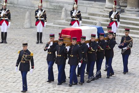 French Soldiers Carry the Coffin During a Funeral Procession Honoring World War Ii French Resistance Leader Raymond Aubrac in Paris France 16 April 2012 Aubrac a Major Leader in the French Resistance is Famed For a Daring Escape After Being Captured by the Nazis During World War Ii Alongside French Resistance Hero Jean Moulin Aubrac Died at the Age of 97 in Paris 10 April 2012 France Paris