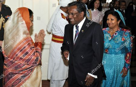 Maldives' President Mohamed Waheed Hassan Manik (c) and His Wife Ilham Hussain (r) Arrive For a Meeting with with the President of India Pratibha Devisingh Patil (l) at the Presidential Palace in New Delhi 12 May 2012 Manik is on a Five-day Visit to India India New Delhi