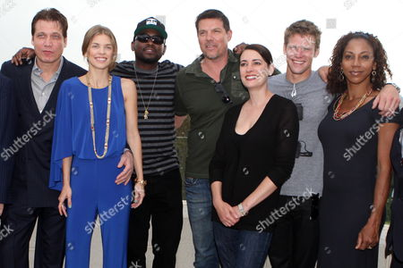 (l-r) Us Actors Holt Mccallany Anna Lynne Mccord Omar Epps Paul Johansson Paget Brewster Zach Roerig and Holly Robinson Peete Pose For Photographs at a Hotel in Jerusalem Israel 13 May 2012 the Actors Are in Israel For a Week Visit Hosted by 'America's Voices in Israel' Organization Israel Jerusalem