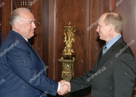 Moscow Russian Federation : Russian President Vladimir Putin (r) Shakes Hands with Former Prime Minister Viktor Chernomyrdin During Their Meeting in the Kremlin Thursday10 May 2001 Viktor Chernomyrdin Has Been Appointed Today As Russian Ambassador to Ukraine to Reinforce Russo-ukrainian Economic Cooperation and Political Relations