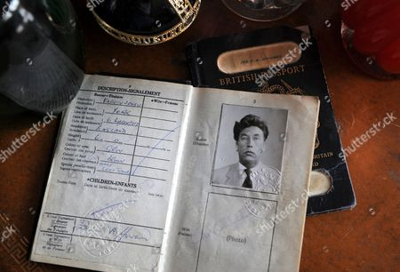 A passport issued in 1957 listing Frankie's profession as 'Variety Artiste'.