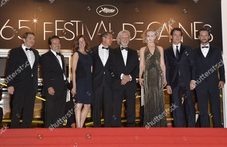 British Actor Clive Owen (2-r) Australian Actress Nicole Kidman (3-r) Us Director Philip Kaufman (4-r) Brazilian Actor Rodrigo Santoro (r) and Guests Arrive For the Screening of 'Hemingway and Gellhorn' During the 65th Cannes Film Festival in Cannes France 25 May 2012 the Movie is Presented out of Competition at the Festival Which Runs From 16 to 27 May France Cannes