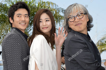 Stock Image of (l-r) South Korean Actor Kim Kang-woo South Korean Actress Kim Hyo-jin and South Korean Director Im Sang-soo Pose During the Photocall For 'Do-nui Mat' (the Taste of Money) at the 65th Cannes Film Festival in Cannes France 26 May 2012 the Movie is Presented in the Official Competition of the Festival Which Runs From 16 to 27 May France Cannes