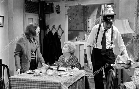 'On The Buses'   TV Episode: Gardening Time Stephen Lewis with Doris Hare and Anna Karen