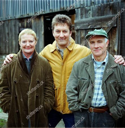 'Wokenwell'   TV.  Series 1 Episode 6 June Watson with Ian Burfield (centre) and Barry Jackson