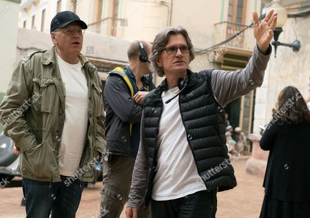 Director Robert Zemeckis and Director of Photography Don Burgess on the set