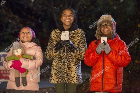 (L to R) Marley Taylor, Nadej Bailey, Alkoya Brunson