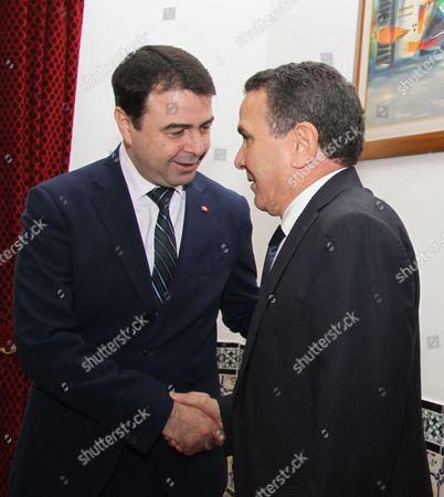 Tunisian Interior Minister Hedi Majdoub (L) and Tunisian Minister of DÃ'fence Farhat Horchani