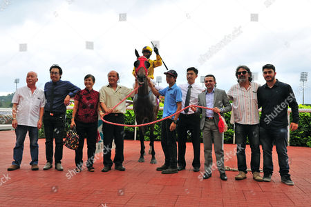 Stock Photo of , Kranji, Singapore, Winners presentation. Guru Guru with Ismail Azhar up wins the New Year Cup.