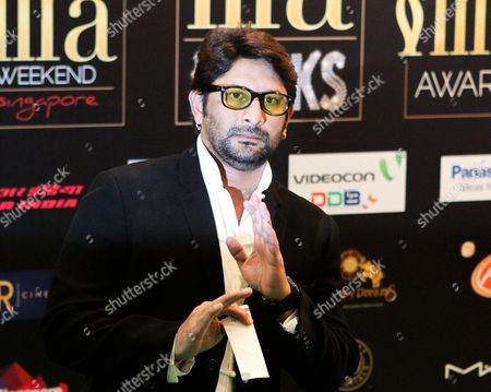 Bollywood Actor Arshad Warsi Poses on the Green Carpet During Indian International Film Awards Iifa Rocks Fashion Night in Singapore 08 June 2012 the 13th Iifa Awards Often Referred to As the Bollywood Oscars Celebrates the International Nature of Indian Cinema and is Held in a Different Country Each Year Singapore Singapore