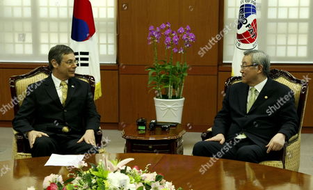 Stock Picture of Israel's Deputy Foreign Minister Danny Ayalon (l) Talks with Kim Sung-hwan (r) Minister of Foreign Affairs and Trade at the Ministry of Foreign Affairs and Trade in Seoul South Korea 26 July 2012 Korea, Republic of Seoul