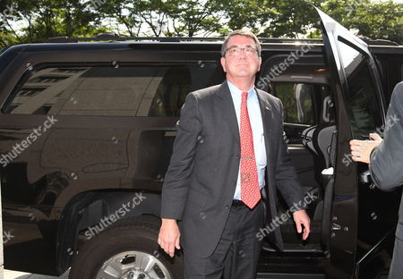 Ashton Carter Us Deputy Defence Secretary Arrives For a Meeting with Kim Sung-hwan (not Pictured) Minister of Foreign Affairs and Trade at the Ministry of Foreign Affairs and Trade in Seoul South Korea 26 July 2012 Korea, Republic of Seoul