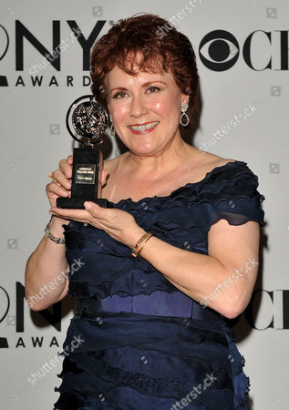 Us Actress Judy Kaye Poses with Her Tony Award For 'Performance by an Actress in a Featured Role in a Musical' For Her Work in the Show 'Nice Work if You Can Get It' in the Press Room at the 2012 Tony Award in New York New York Usa 10 June 2012 the Annual Awards Honor Excellence in Broadway Theatre United States New York