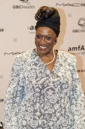 Soprano Jessye Norman Arrives at the John F Kennedy Center For the Performing Arts For a Foundation For Aids Research and Gbchealth Benefit Event Honoring Bill Gates on the Eve of the 19th International Aids Conference in Washington Dc Usa on 21 July 2012 the Event Titled Together to End Aids Pays Tribute to the Spirit of Global Collaboration That Has Underpinned the Worlds Progress in the Fight Against Aids Gates the Co-chair of the Bill & Melinda Gates Foundation and the Former Ceo and Current Chairman of Microsoft Received Amfars Award of Courage For His Visionary Leadership on Global Health and Hiv/aids United States Washington