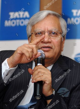 Ravi Kant Vice Chairman Tata Motors Speaks During the Announcement of the Consolidated Financial Results in Mumbai India 27 November 2009 Tata Motors Reported a Consolidated Profit of Inr 217 8 Million ($4 7 Million) For Its Fiscal Second Quarter Ended September 2009 India Mumbai