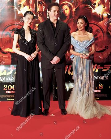 Cast Members of the Us Film 'The Mummy: Tomb of the Dragon Emperor' (l-r) Chinese Actress Isabella Leong Us Actor Brendan Fraser and Malaysian Actress Michelle Yeoh Pose For Photographers During the Japan Premiere in Tokyo 04 July 2008 Directed by Us Director Rob Cohen the Third in a Series of Box Office Hits the Latest Movie Tells the Story About Adventurer Rick O'connell (fraser) who Combats the Resurrected Han Emperor (jet Li) in an Epic That Races From the Catacombs of Ancient China High Into the Frigid Himalayas the Movie Will Hit the Cinemas All Over Japan on 16 August 2008 Japan Tokyo
