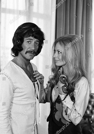 'Jason King' - 'Uneasy Lies the Head' - Peter Wyngarde and Juliet Harmer