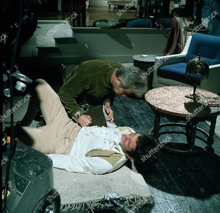 'Man in a Suitcase' - 'Three Blinks of the Eyes' - Richard Bradford