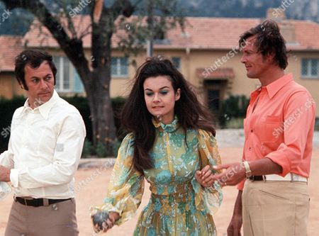 'The Persuaders'  - 'Overture' - Tony Curtis, Imogen Hassall, Roger Moore.