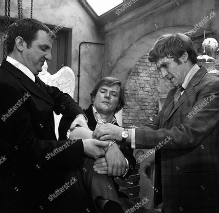 'The Persuaders' - 'Thats Me Over There' - Derek Newark, Roger Moore and Peter Gilmore