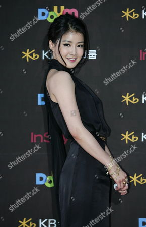 South Korean Actress Lee Si-young Arrives For the 47th Annual Baeksang Art Awards at the Kyunghee University in Seoul South Korea 26 May 2011 Korea, Republic of Seoul