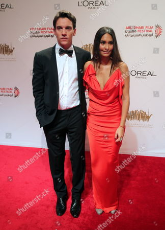 Irish Actor Jonathan-rhys Meyers (l) and Girlfriend Reena Hammer (r) Arrive For the Award Ceremony of the Abu Dhabi Film Festival in Abu Dhabi United Arab Emirates on 22 October 2010 United Arab Emirates Abu Dhabi