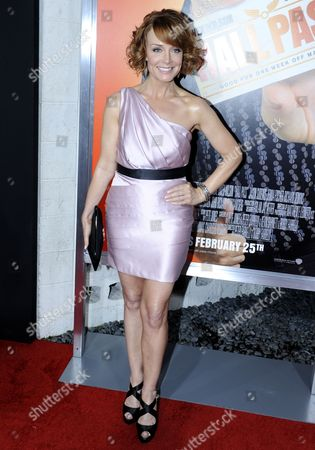 Us Actor and Cast Member Kristin Carey Arrives For the World Premiere of 'Hall Pass' in Los Angeles California Usa 23 February 2011 'Hall Pass' is the Story of Two Buddies who Growing Restless in Their Marriages Are Granted One Week of Freedom by Their Wives to Do Whatever They Want with No Questions Asked United States Los Angeles