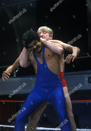 'Bloomfield'  TV - 1983 - Marc Zuber as Bloomfield and David Peart as wrestler (?).