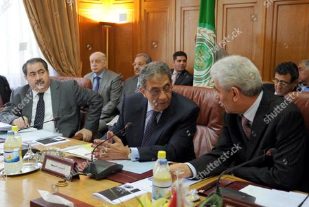 Iraqi Foreign Minister Hoshyar Mahmud Zebari (l) Looks on As Arab League Secretary General Amr Moussa (c) Speaks with Libyan Foreign Minister Mousa Kousa (r) During a Meeting of the Foreign Ministers of Iraq Libya Egypt Yemen and Qatar at the Arab League Headquarters in Cairo Egypt 03 June 2010 the Meeting was Held to Discuss How to Develop Commom Arab Countries Cooperation Means Egypt Cairo
