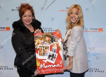 French Actress and Director Helene De Fougerolles (r) and French Actress Eva Darlan (l) Pose For Photographs As They Attend the Opening Ceremony of the 14th Annual International Comedy Film Festival in L'alpe D'huez France 18 January 2011 the Festival Runs From 18 to 23 January France Alpe D'huez