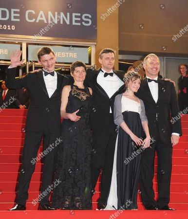 Ukrainian Director Sergei Loznitsa (c) Arrives with Actors Viktor Nemets (l) Olga Shuvalova (2-r) and Guests For the Screening of the Movie 'Schastye Moe' (my Joy) During the 63rd Cannes Film Festival in Cannes France 19 May 2010 the Movie by Sergei Loznitsa is Presented in Competition at the Cannes Film Festival 2010 Running From 12 to 23 May France Cannes